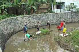 Mengatasi Pencemaran Air Ninikraga